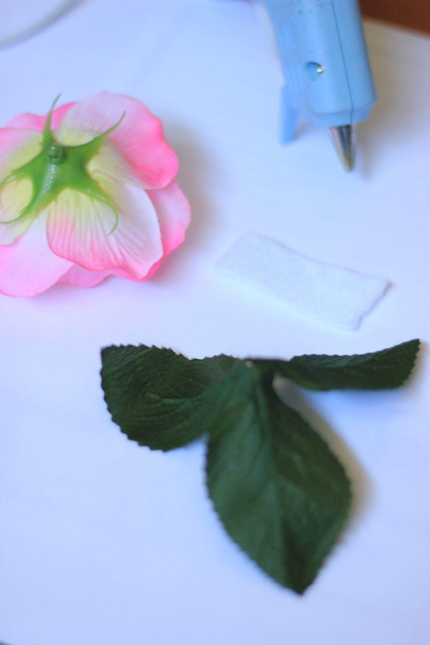 Diy Dollar Store Flower Napkin Rings Bewhatwelove